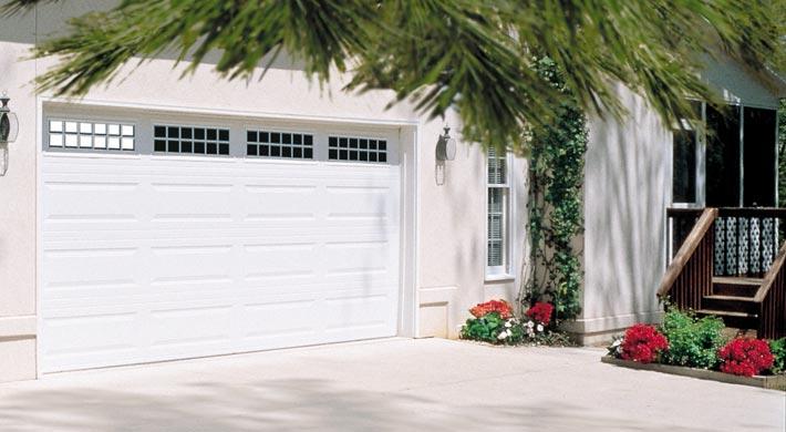 Steel Garage Door - Lincoln